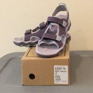 Purple LL Bean girls sandals
